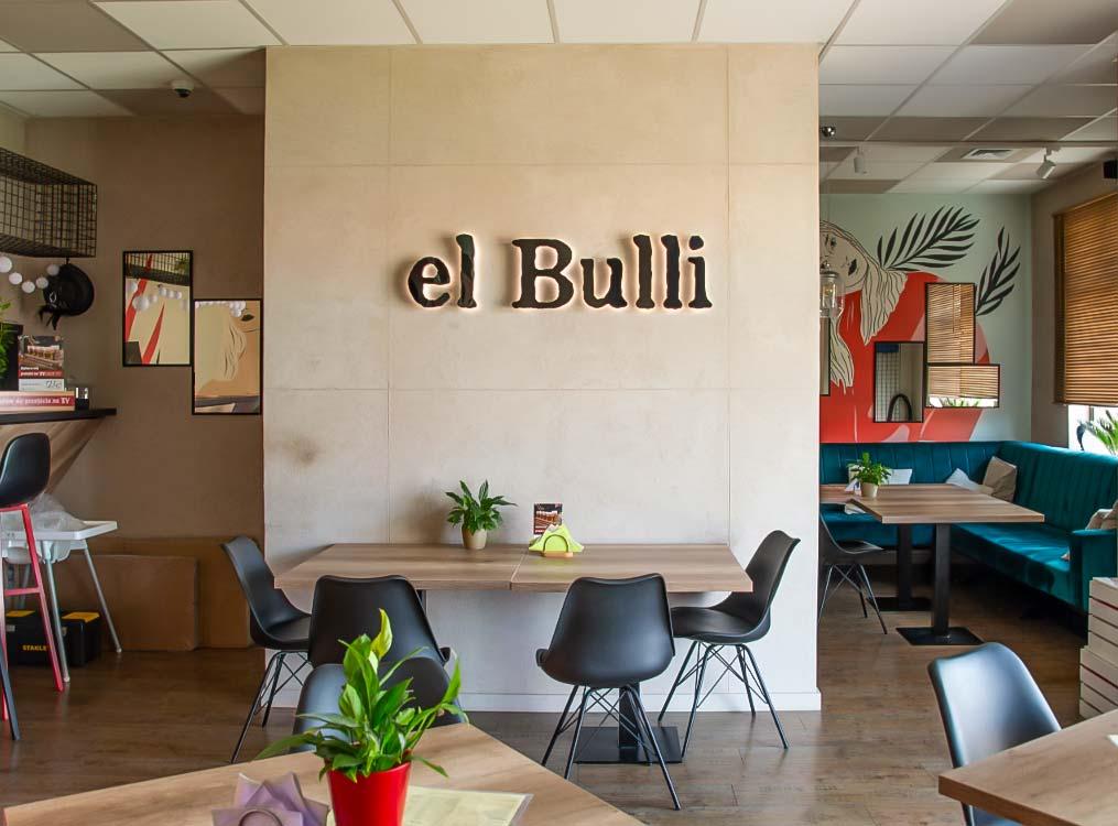 Litery przestrzenne zefektem halo el Bulli