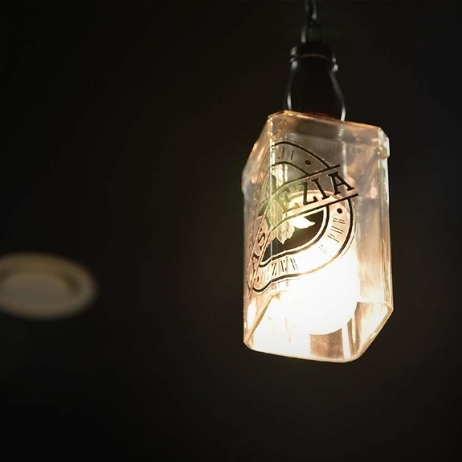 Lampa z logotypem La Spezia
