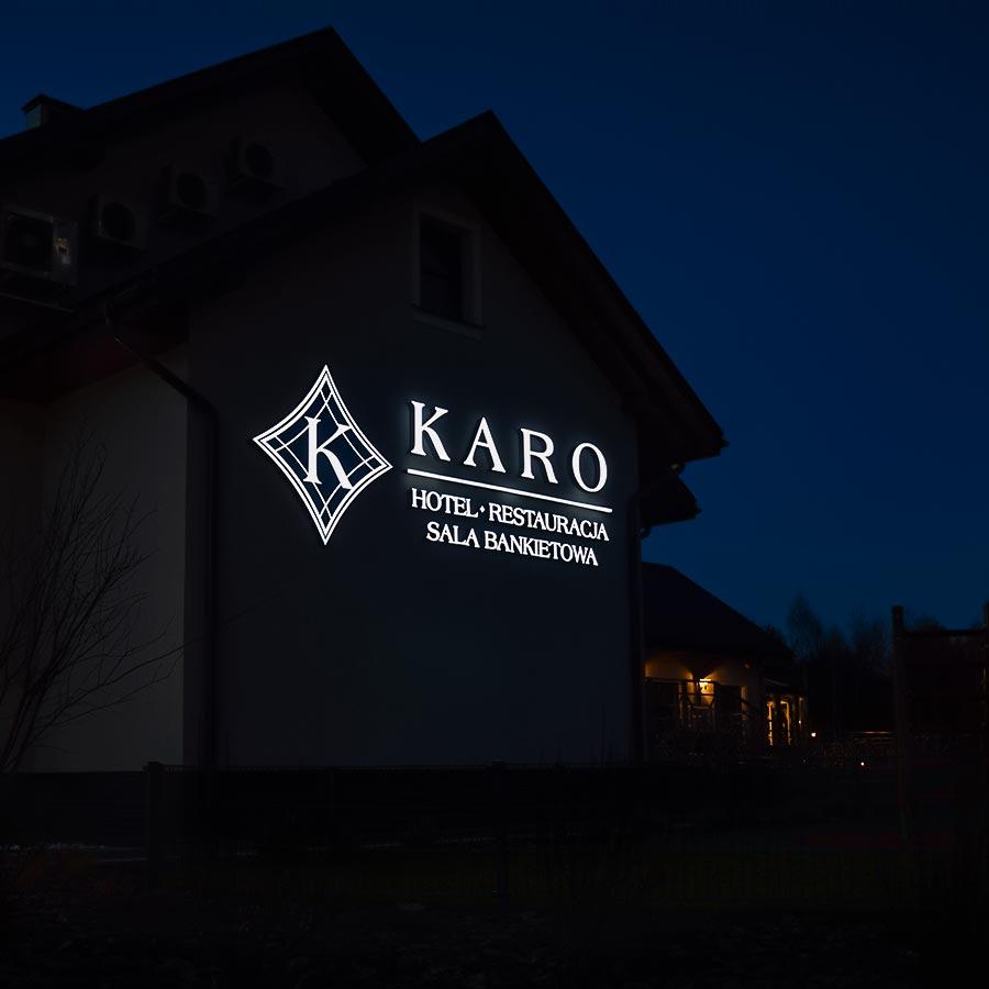 Kaseton i litery blokowe Karo